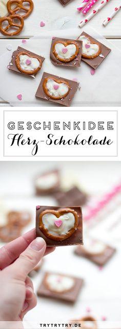 Herz-Schokolade - Selbstgemachte Schokolade zum Valentinstag, Muttertag, Geburtstag oder Jahrestag verschenken.