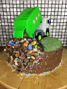 Garbage Truck Cake with regard to Newest - Birthday Ideas Make it Dump Truck Cakes, Truck Birthday Cakes, Birthday Parties, Dump Trucks, Monster Truck Cakes, 2nd Birthday Cake Boy, Birthday Cupcakes, Birthday Ideas, Pastries