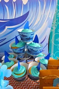 Cupcakes at a Surf Party #surf #party