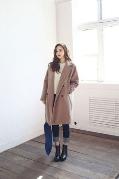 Pocket coat korean outfits, korean winter outfits, korean fashion fall, a. Korean Winter Outfits, Korean Fashion Winter, Spring Outfits Women, Korean Fashion Casual, Korean Fashion Trends, Korean Street Fashion, Korea Fashion, Winter Fashion Outfits, Korean Outfits