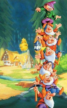 Risultati immagini per snow white and the seven dwarfs walt disney world Cute Disney, Disney Art, Disney Pixar, Disney Images, Disney Pictures, Disney Animation, Princesas Disney Dark, Snow White Seven Dwarfs, Disney Princess Snow White