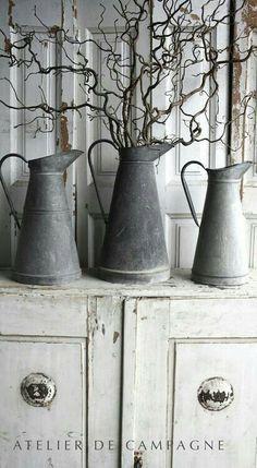 Gray tin.