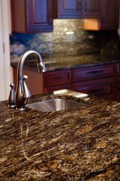 Ways To Choose New Cooking Area Countertops When Kitchen Renovation – Outdoor Kitchen Designs Dark Granite Countertops, Outdoor Kitchen Countertops, Kitchen Countertop Materials, Granite Kitchen, Kitchen Backsplash, Granite Stone, Kitchen Counters, Kitchen Fixtures, Backsplash Ideas