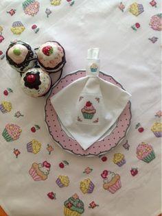 Handmade By Aylin: Cupcake Masa Örtüsü ve Peçete