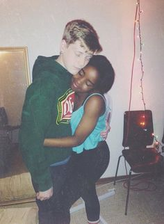 Blacks girls and white boys — photo 6