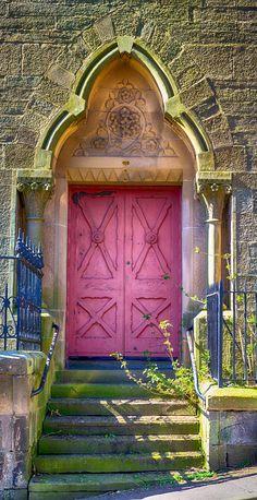 Dundee, Scotland.  Door.