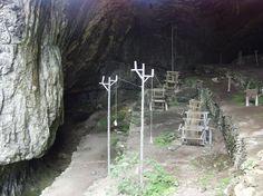 Ropewalk inside a cave.