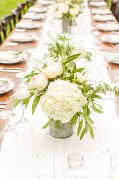 wedding centerpiece idea; photographer: Mike Larson