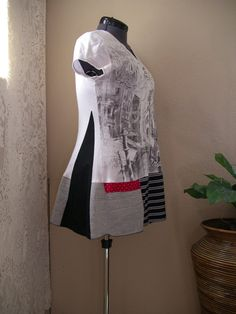 Lagenlook Tunika / schwarz weiß Upcycled T von CycleOnStitches