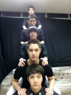 Lol MBLAQ and their poses