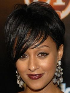 short hairstyle with asymmetrical bangs to the side