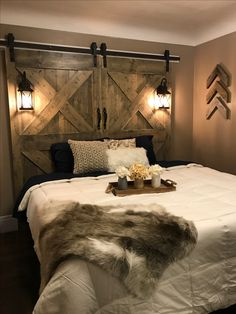 Exciting Ideas for DIY Headboard Designs - If you wanted to convert your yawn producing bedroom to an elegant sanctuary you need to change the headboard design. There are lots of easy ideas tha. Bedroom Decor, Exciting Ideas for DIY Headboard Designs Headboard Designs, Home, Bedroom Makeover, Rustic Furniture Design, Farmhouse Bedroom Decor, Barndoor Headboard, Bedroom Decor, Rustic Bedroom Furniture, Rustic House