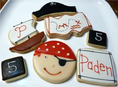 great pirate design for a boy's birthday party.......