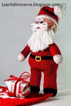 MaryJ Handmade: Santa Claus is coming to town... | Babbo Natale Amigurumi Free pattern