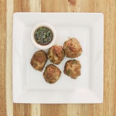Asian Turkey Meatballs - Lean and Green - Medifast - TSFL - Take Shape for Life Hawaiian Grilled Chicken, Asian Turkey Meatballs, Take Shape For Life, Eat Yourself Skinny, Lean And Green Meals, Greens Recipe, Low Carb Diet, Turkey Recipes, Lunch