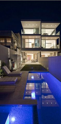 Love this glass home