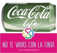 La nueva Coca Cola Life no tiene nada de natural. • Su segundo ingrediente es AZUCAR, lo cual nos indica que después del agua carbonatada, es el ingrediente más abundante en este refresco. • Contiene 27 gramos de azúcar. • Coca no desglosa los ingredientes del concentrado Coca Cola, pero por su típico color oscuro, podemos concluir que contiene colorantes artificiales, tales como caramelo IV. Visita: http://www.mariamontemayor.com/#!el-arte-de-nutrir-tu-cuerpo/c19wa