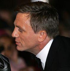 Hot Daniel Craig