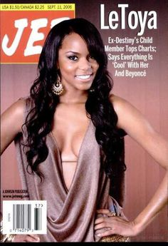 The weekly source of African American political and entertainment news. Jet Magazine, Black Magazine, Ebony Magazine Cover, Magazine Covers, 2017 Fall Fashion Trends, Rap, Black Sisters, Essence Magazine, Celebrity Magazines