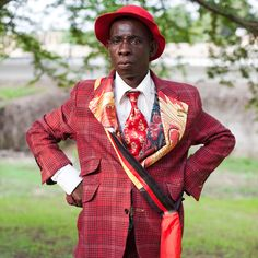 """Ruddy Roye: Photography as Voice for the Voiceless Radcliffe Roye (Ruddy to his friends) is inspired by, as he puts it, """"the raw and gritty . Fashion Mag, Bold Fashion, Mens Fashion, Congo, Dandy, Contemporary Photography, Contemporary Art, Photoshop, Portraits"""