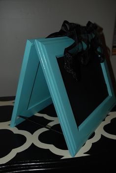 Dukes and Duchesses: 10 Ways to Repurpose Cabinet Doors - chalkboard on one side, dry erase the other!