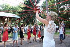 prettysouthweds.com-jeu-des-rubans-bouquet-mariage2