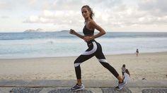 As part of my Rio @Olympics collaboration with @Voguemagazine, I'm sharing some of my favorite beach exercises!  Catch the full story at @vogue (link in bio) Como parte da minha colaboração com as Olimpiadas e @VogueMagazine, estou dividindo alguns dos meus exercícios de praia favoritos. Acompanhe a história inteira na @vogue (link na bio) #Vogue #BodyByIza #fitness #health #Brasil #Olympics #rio2016 #film By @cabelo8588