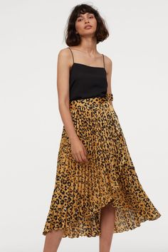 Pleated Wrap-front Skirt - Dark beige/leopard print - Ladies | H&M CA 2