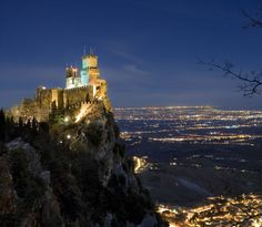 San Marino. Panorama mozzafiato sulla riviera romagnola