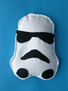 Untrendy Life: Storm Trooper Beanbag Pattern