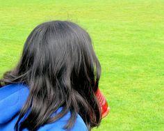 Beaucoup de gens aiment avoir des cheveux longs, pour cela il existe des remèdes maison qui peuvent vous aider à le faire en ayant des cheveux plus sains