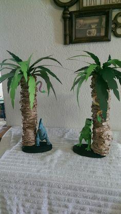 Dinosaur birthday centerpiece ideas