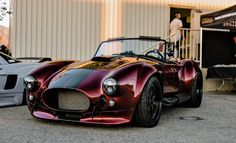 Infamous Cobra is back for your viewing pleasure [OC] - My list of the best classic cars Custom Muscle Cars, Custom Cars, Weird Cars, Cool Cars, Cobra Kit Car, Ford Shelby Cobra, 427 Cobra, Roadster, Best Classic Cars