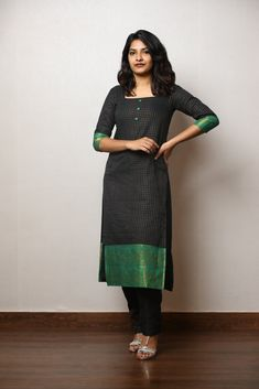 Simple Kurta Designs, Kurta Designs Women, Salwar Designs, Chudidhar Designs, Stylish Dresses For Girls, Casual Dresses, Kalamkari Dresses, Indian Designer Outfits, Indian Outfits