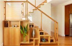 Resultado de imagem para como decorar embaixo de escadas