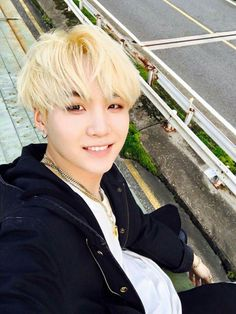 #HappySugaDay