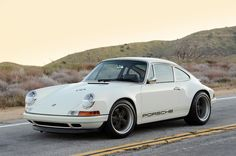 Porsche 911 (Millésime 964) 1990-1994 by Singer Vehicule Design Had one of these too