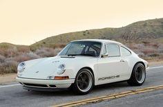 Porsche 911 (Millésime 964) 1990-1994 by Singer Vehicule Design