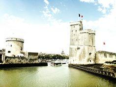 La Rochelle déjà mille ans d'histoire. De l'indépendance au siège un passé turbulent qui n'a jamais perturbé les huitres.