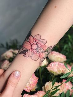 50 Meaningful Wrist Bracelet Floral Tattoo Designs You Would Love To Have - Page 25 of 50 - Cute Hostess For Modern Women Wrist Tattoos For Women, Small Wrist Tattoos, Wrap Around Wrist Tattoos, Lower Arm Tattoos, Tattoo Small, Wrist Bracelet Tattoo, Arm Band Tattoo, Arm Wrap Tattoo, Floral Tattoo Design
