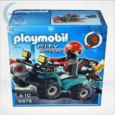 A Playmobil City Action sorozatának Műkincsrabló szuper quadján, csörlővel (6879) című játéka egy négykerekű motort (kvadot) tartalmaz, mely hátrahúzós meghajtású, azaz ha felhúzzuk és elengedjük, magától előregurul (lendkerekes). #Playmobil #Lego #Játék #Jatek #CityAction #Ajándék #Ajandek Monster Trucks, Lego, Toys, City, Vehicles, Playmobil, Activity Toys, Clearance Toys, Cities