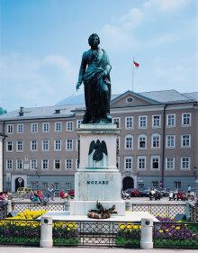 Mozart Statue in Salzburg The Magic Flute, Salzburg Austria, French Architecture, Malta, Statue Of Liberty, Festivals, Places Ive Been, Places To Visit, Around The Worlds
