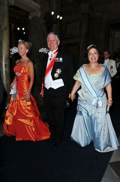 Crown Prince Alexander of Yugoslavia (C) and Crown Princess Katherine of Yugoslavia (R) attend the Wedding Banquet for Crown Princess Victoria of Sweden and her husband prince Daniel at the Royal Palace on June 19, 2010 in Stockholm, Sweden.