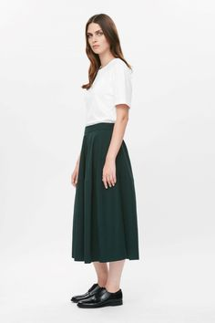 Modern silhouettes and classic shapes in silk, wool and cotton; shop mid-length skirts or short skirts from our collection of women's skirts at COS. A Line Skirts, Short Skirts, Mid Length Skirts, Piece Of Clothing, Innovation Design, Contemporary Style, Fashion Brand, Midi Skirt, Dress Up