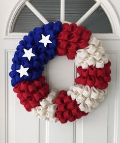 Ivory Burlap Patriotic Flag Wreath, of July, Independence Day Little Valentine, Valentines Diy, Patriotic Wreath, 4th Of July Wreath, Martha Stewart Manualidades, Light Fixture Makeover, Diy Y Manualidades, Diy Blanket Ladder, Martha Stewart Crafts