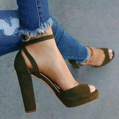 Women New Summer Fashion Casual Peep Toe Sandals Women Fashion Shoes Sexy High Heel Sandals Elegant Thick Heel Sandals Sock Shoes, Cute Shoes, Shoe Boots, Shoes Heels, Sexy High Heels, Crazy Shoes, Beautiful Shoes, Heeled Boots, Fashion Shoes