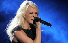 Carrie Underwood Photos - Singer Carrie Underwood performs onstage during the American Music Awards held at Nokia Theatre L. Live on November 2012 in Los Angeles, California. - The American Music Awards - Show Carrie Underwood Cowboy Casanova, Carrie Underwood Concert, Carrie Underwood Photos, Country Music News, Country Music Lyrics, Bobby Bones, American Music Awards, Country Girls, Carry On