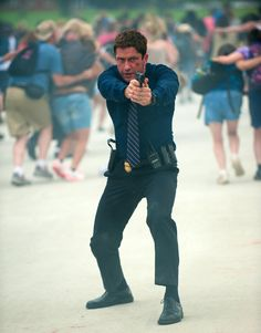 New Red Band Clip From Olympus Has Fallen Features Gerard Butler on http://www.shockya.com/news