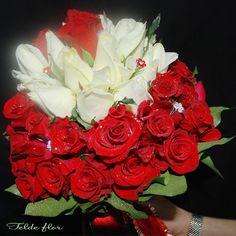 Ramo de Novia Floristeria Telde flor Rosas Rojas y Blancas
