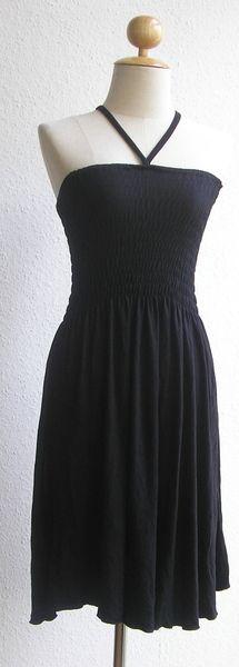 Smok Kleid in Schwarz knielang Uni - DaWanda